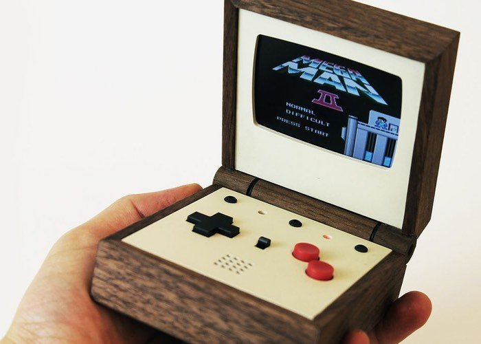 Pixel Vision Awesome Handmade Wooden Portable Gaming Console
