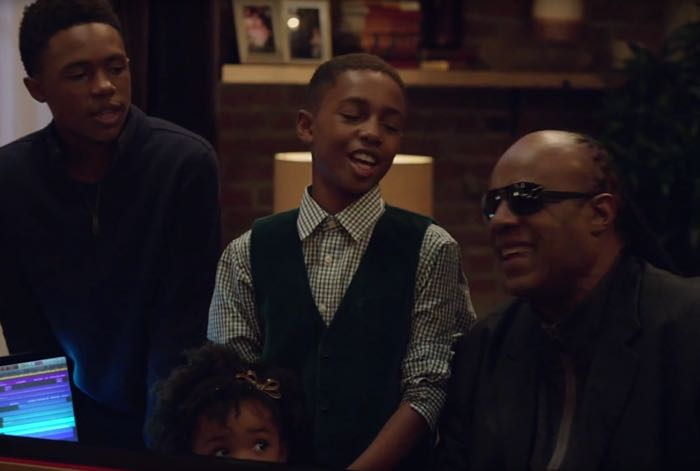 Here's Apple's Christmas Advert Featuring Stevie Wonder And Andra ...