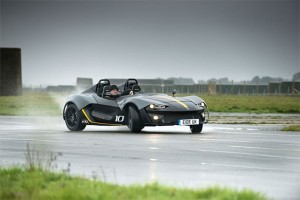 Zenos E10 R Packs 350 bhp into Lightweight Chassis