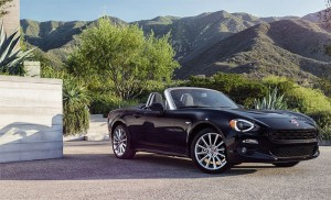 2017 Fiat 124 Spider Looks Nothing Like its MX-5 Sibling
