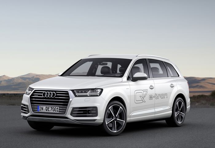 new audi q7 e tron quattro hybrid suv announced geeky gadgets. Black Bedroom Furniture Sets. Home Design Ideas
