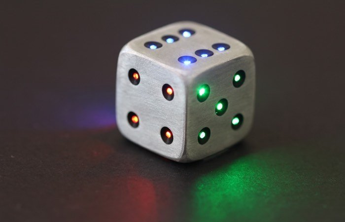 Luma Dice Led Metal Dice Hit Kickstarter Video Geeky