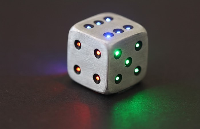 LED Metal Dice