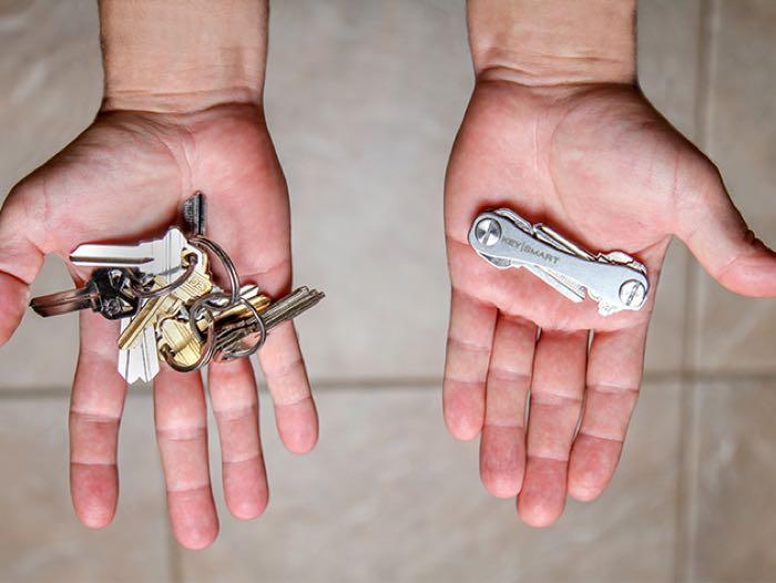 KeySmart 2.0 Titanium