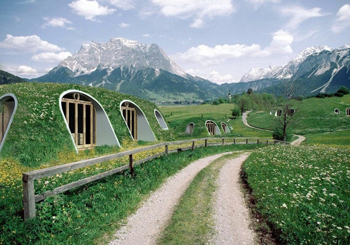 Pre-Fab Hobbit Homes Can Be Built In Just 3 Days By 3 People