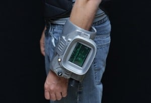 DIY Pipboy 3000 MKVI With 3D Printed Case And Powered By Raspberry Pi (video)