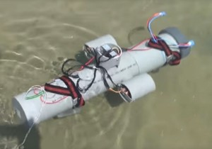 Raspberry Pi Submarine ROV Underwater Drone (video)