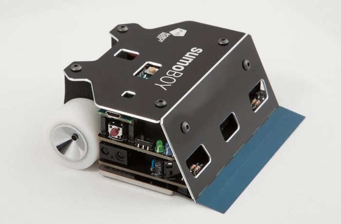 Prepare yourself for robot wars with the arduino sumoboy