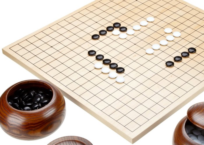 Go-playing program AlphaGo defeats human champion 4:1