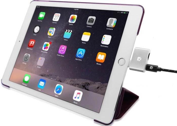 iOS MicroSD Reader