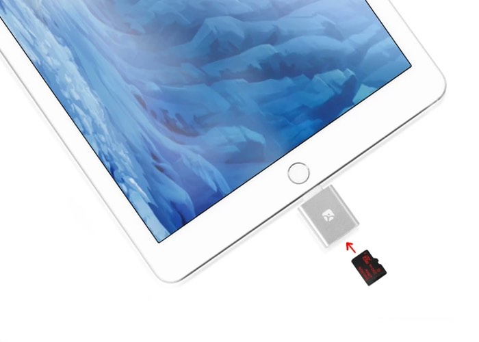 external storage for iphone ios microsd reader adds up to 200gb of storage to 14060