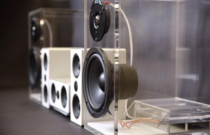 ONEclassic DECT Wireless Speakers