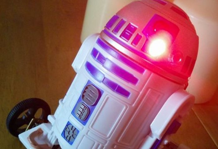 Raspberry Pi Zero R2D2 Project