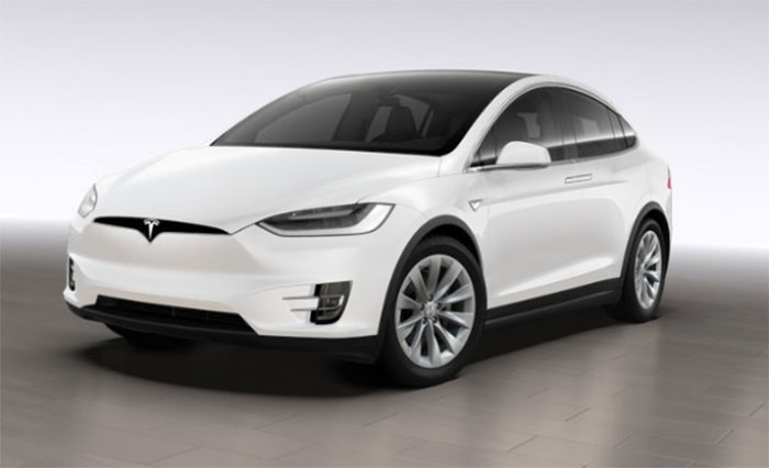 tesla unveils model x 75d as replacement for 70d geeky gadgets. Black Bedroom Furniture Sets. Home Design Ideas