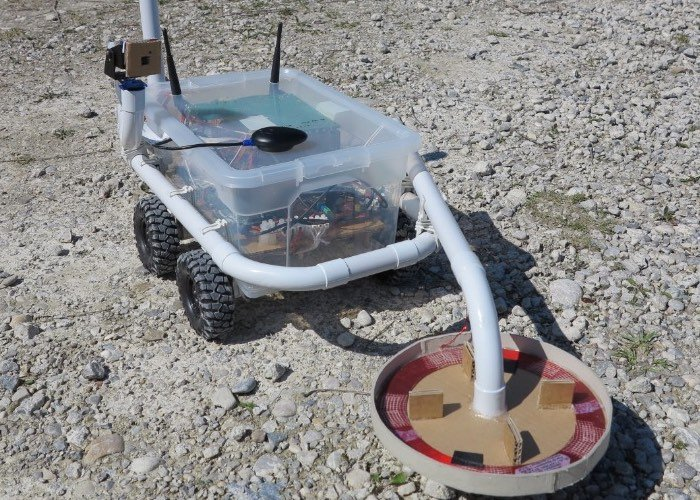 Raspberry Pi Powered Metal Detecting Robot