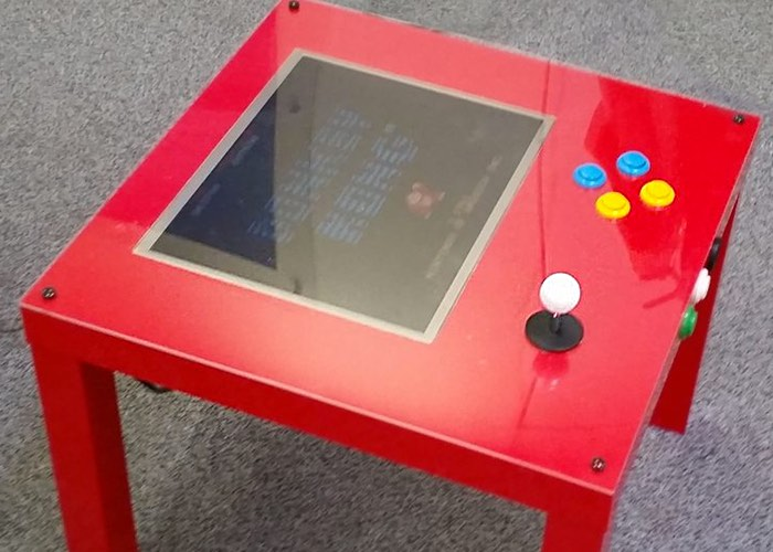 Awesome affordable diy raspberry pi ikea arcade table for Ikea table d arcade