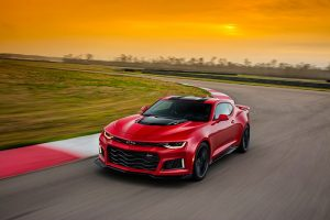 Chevy Brags 10-speed Transmission in Camaro ZL1 Shifts Faster than Porsche PDK