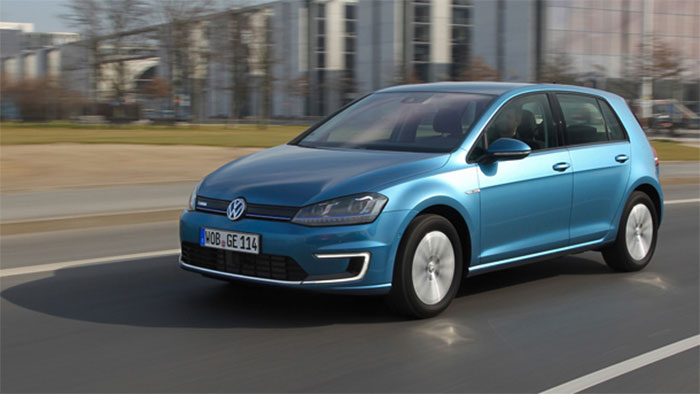 vw-egolf-700
