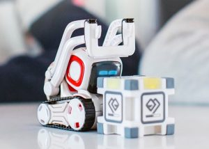 New Anki Cozmo Robot Unveiled For $180 (video)