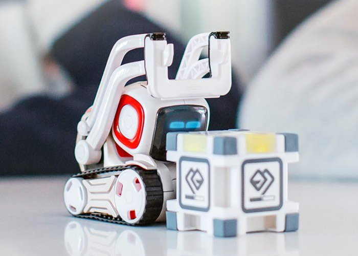 New Anki Cozmo Robot Unveiled For 180 Video Geeky Gadgets