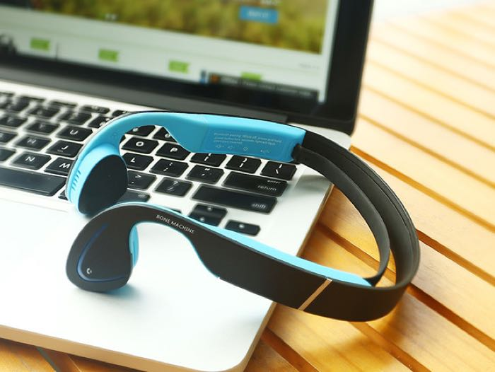 Bone-Conduction-Bluetooth-Headphones