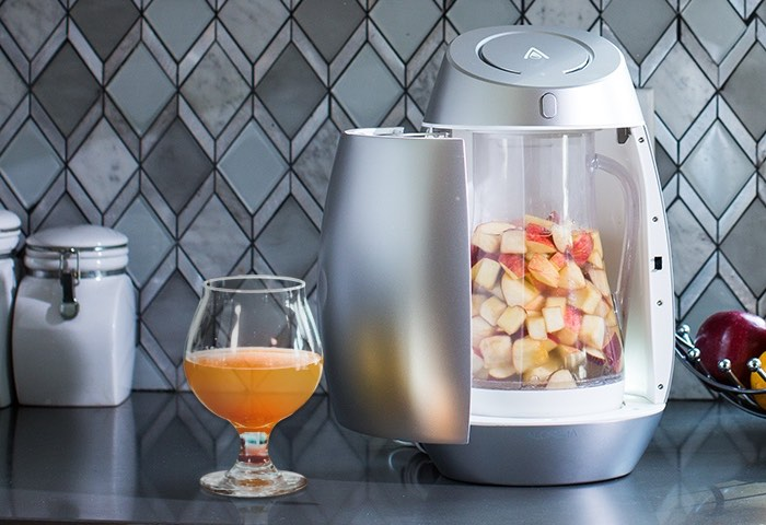 ALCHEMY Craft Brewing System Transforms Fruit Into Cider