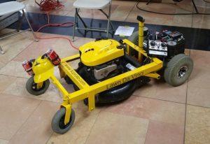 Lawn Da Vinci Open Source RC Lawnmower (video)