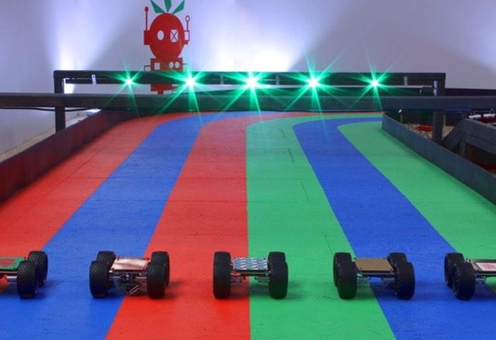 Raspberry Pi Self Driving Racing Robots Club, Formula Pi Created