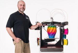RoVa4D Full Colour Blending 3D Printer (video)