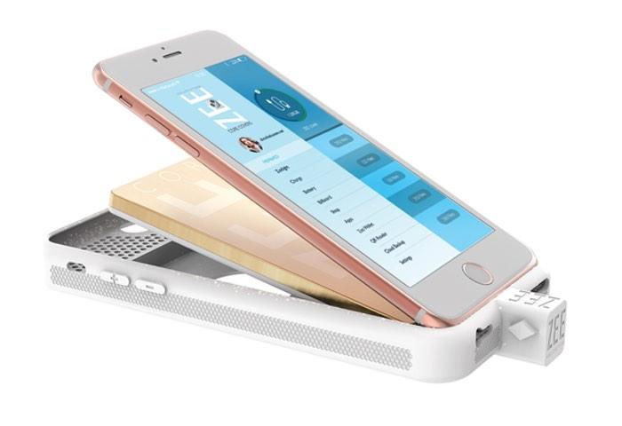 ZEE Smartcase Designed To Make Your Smartphone Smarter
