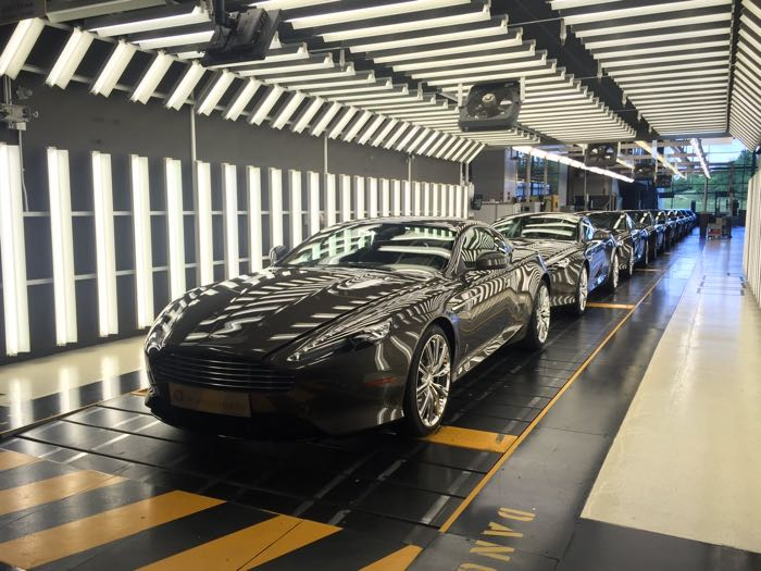 Aston Marin DB9