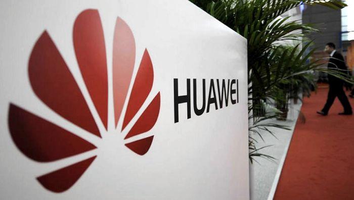 Samsung Is Suing Huawei