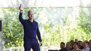 Apple Has Sold 1 Billion iPhones
