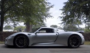 Porsche 918 Spyder Appears At Goodwood (Video)