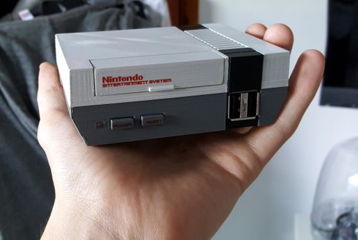 Awesome DIY Mini NES Powered By Raspberry Pi Mini PC