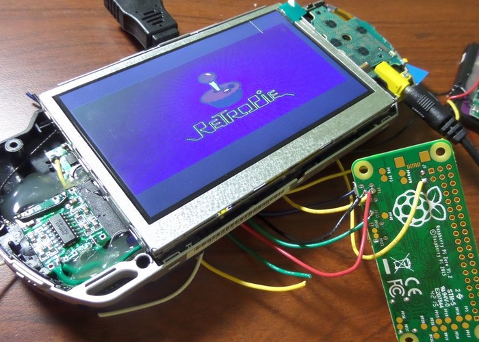 Psp Raspberry Pi Zero Games Console Created Geeky Gadgets