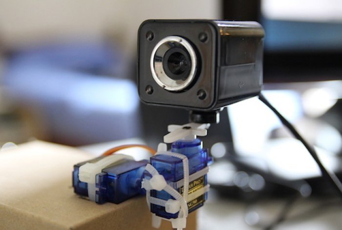 Raspberry pi pan and tilt camera created video geeky