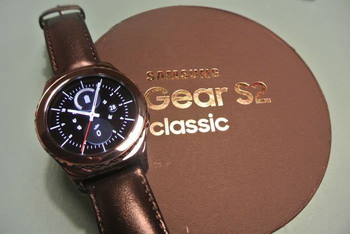 Samsung Gear S3 Smartwatch Will Come In Classic Model ...