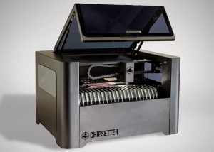 Chipsetter ONE Desktop Pick-And-Place Machine (video)