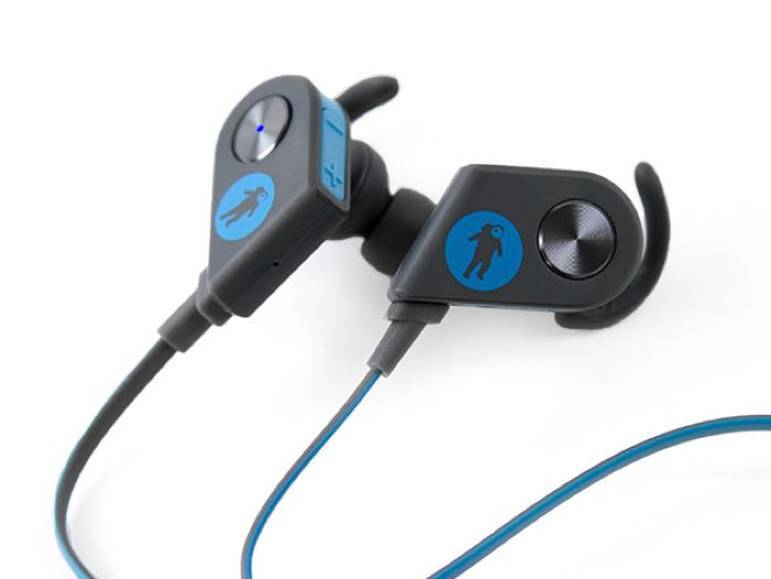 save 66 on the freshebuds pro magnetic bluetooth earbuds. Black Bedroom Furniture Sets. Home Design Ideas