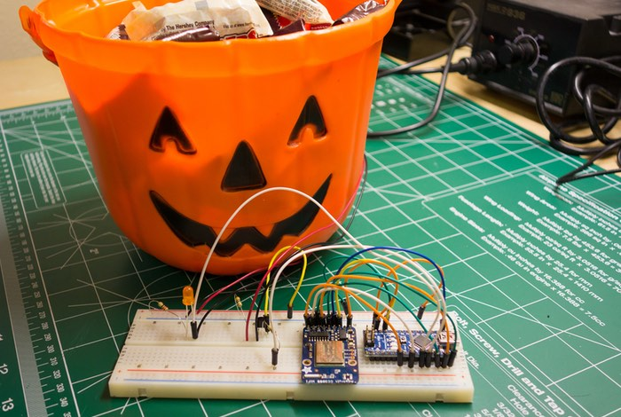 Arduino Candy Bowl Monitor