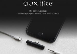 Auxillite iPhone 7 3.5mm Adapter And Charger (video)