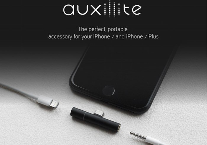 Auxillite iPhone 7 3.5mm Adapter And Charger