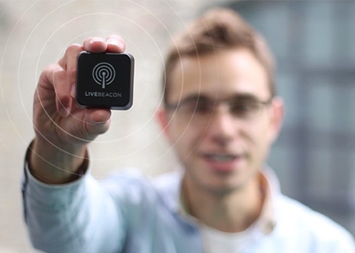 Live Beacon Compact Cloud Controlled iBeacon