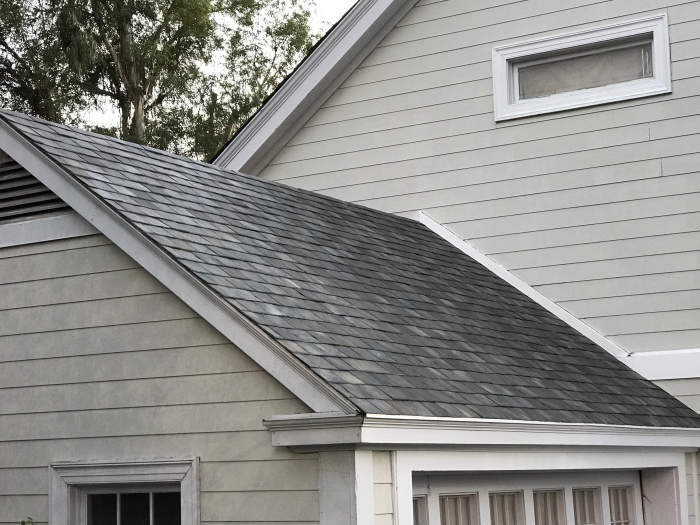amazing tesla solar roof tiles unveiled geeky gadgets. Black Bedroom Furniture Sets. Home Design Ideas