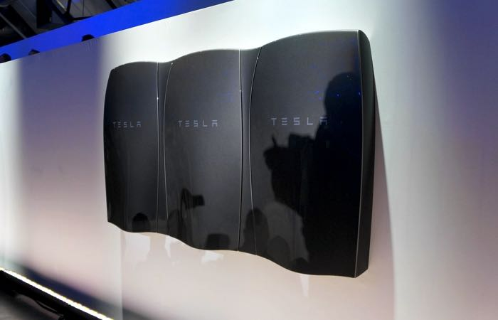 Tesla and Panasonic Sign Non-Binding Letter of Intent