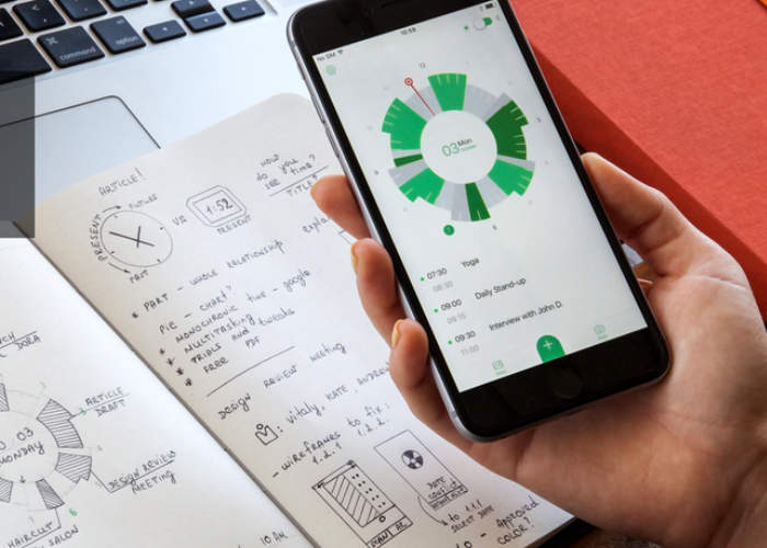 Calendar Notebook App : Innovative slice planner app and notebook blasts past