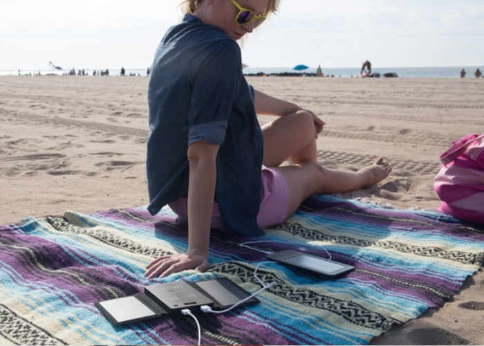 Solis XR Wireless Solar Charger