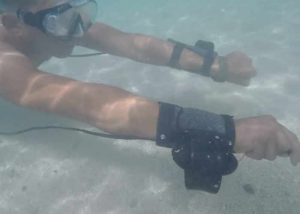 Arduino Wrist Mounted Propeller System Created For Underwater Swimming (video)