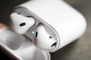 Apple AirPods to Launch In The Next Few Weeks